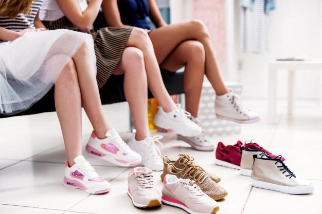 รองเท้า เพื่อ สุขภาพ ผู้หญิง